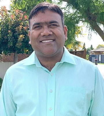 Dr. Sundar Jagadeesan Director, Principal Dentist - Dentiq Dental